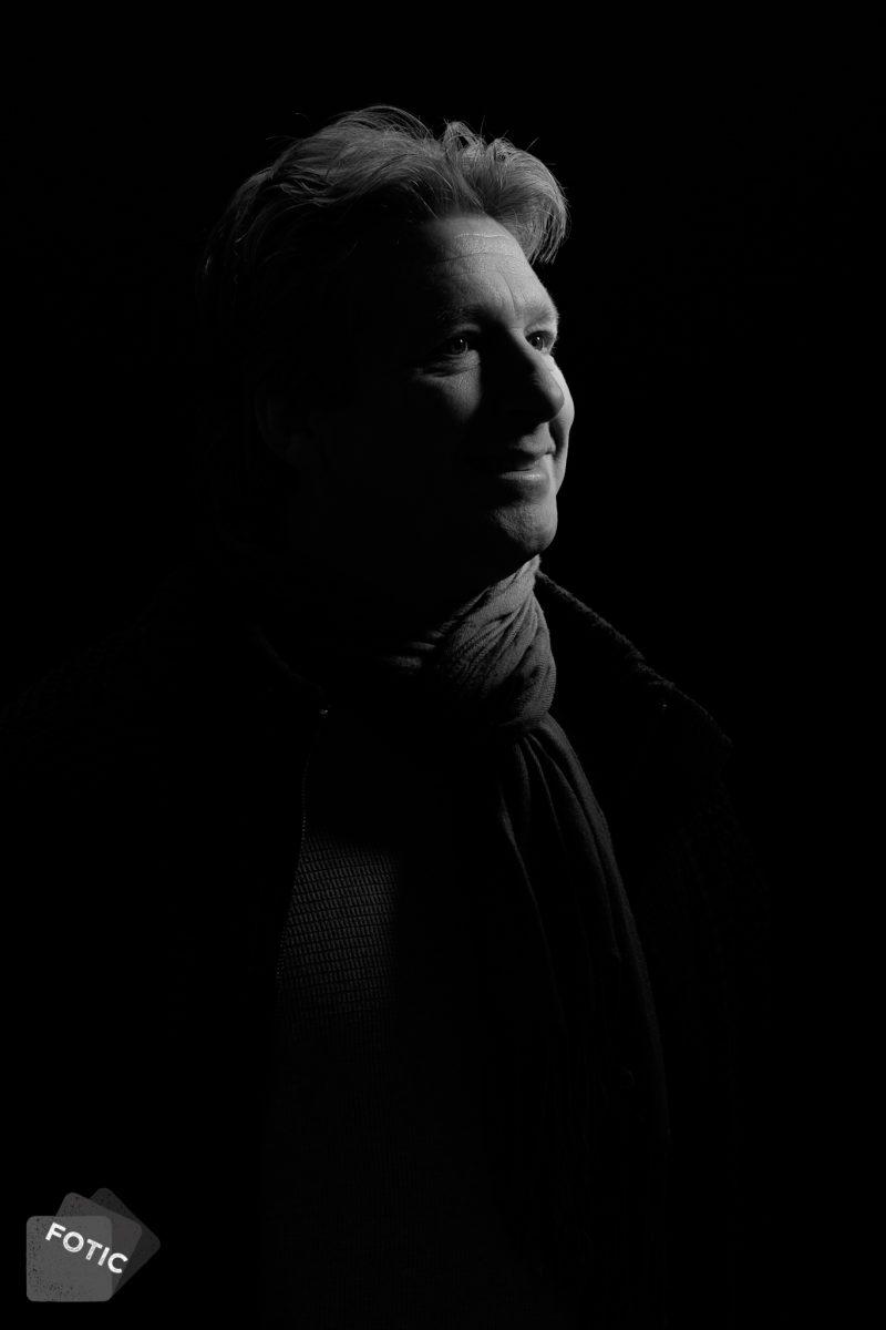 portretfoto Ralph van Kraaij zwartwit
