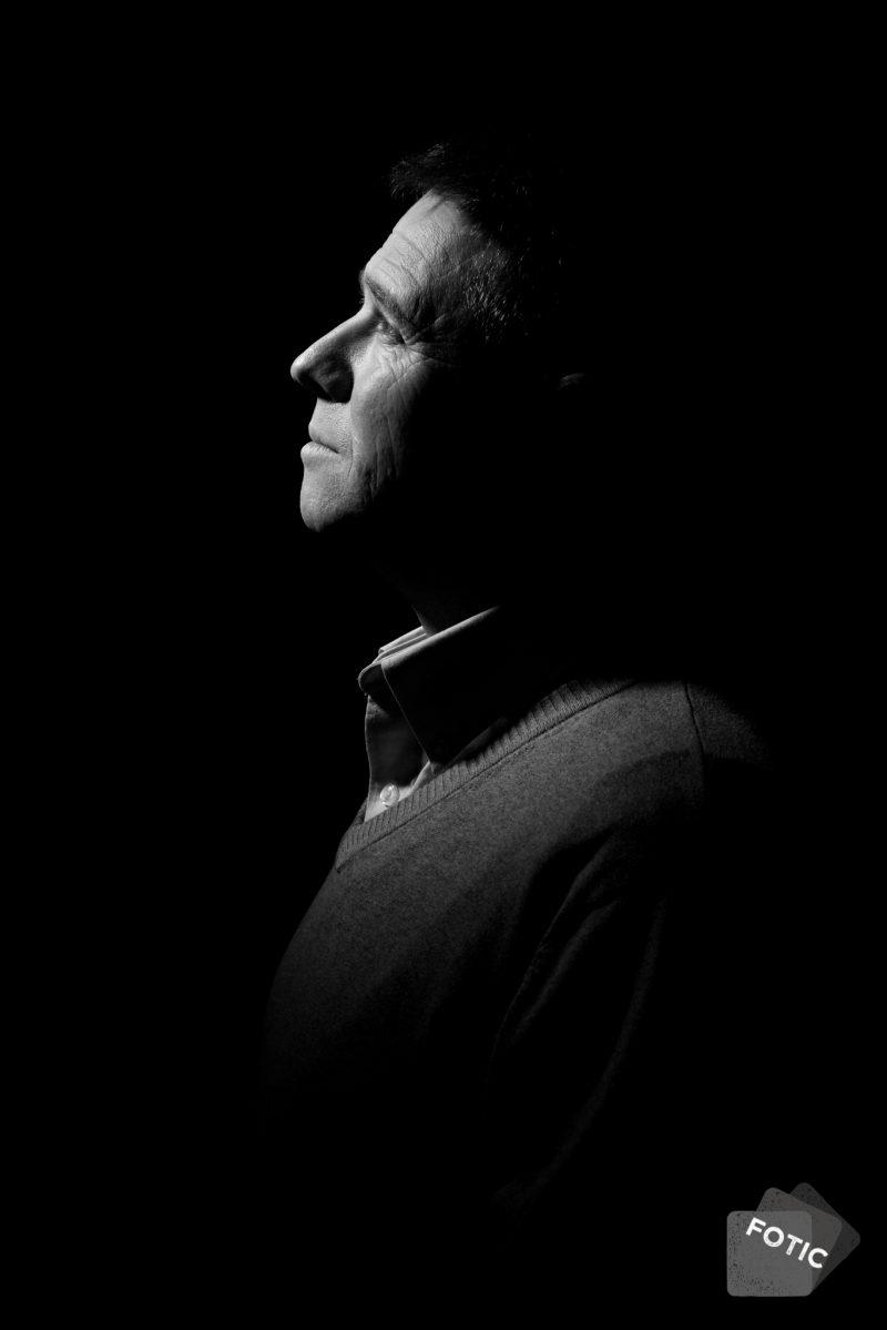 portretfoto Marc van Heerde zwartwit