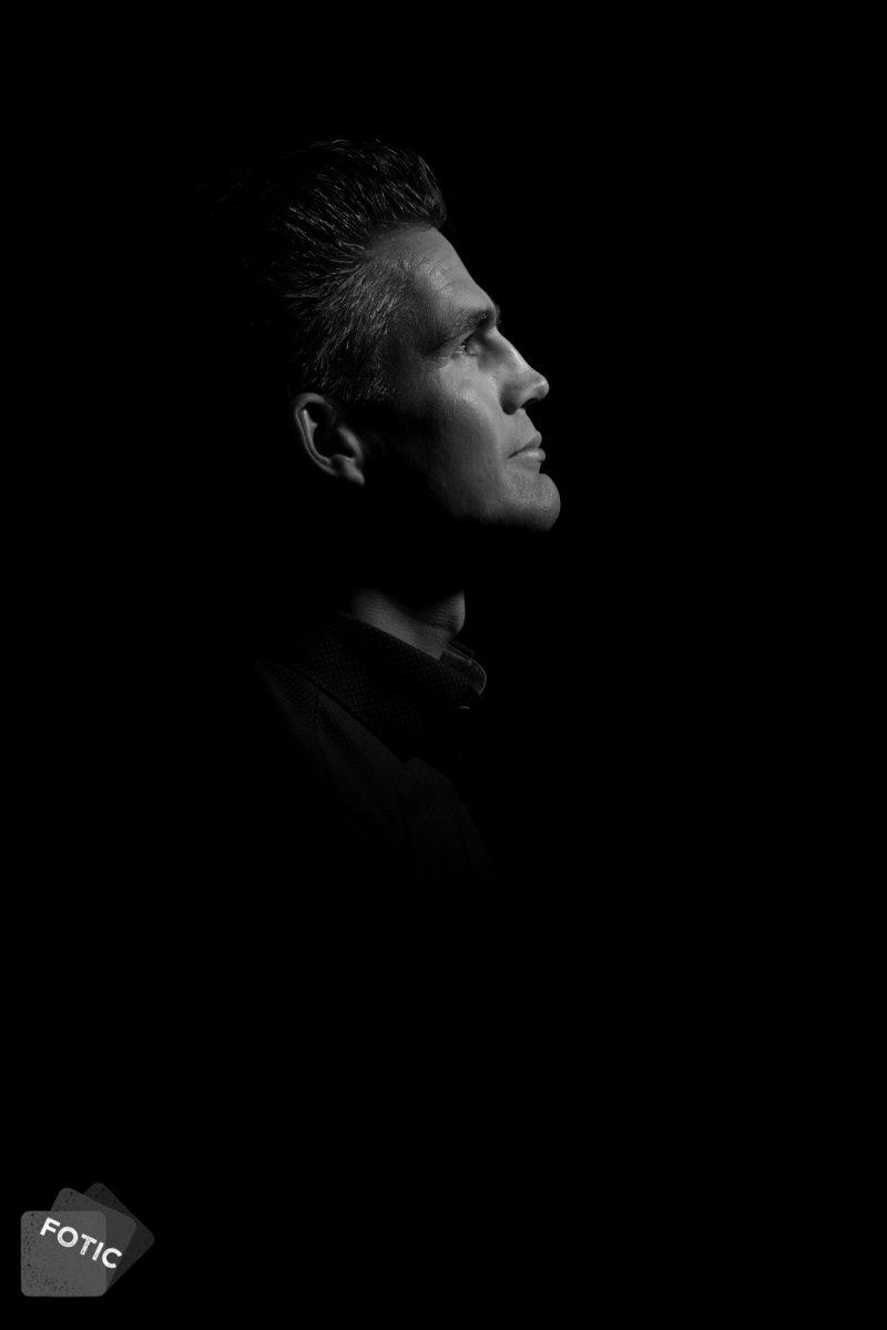 portretfoto Werner Willems zwartwit